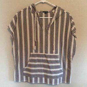 Aztec style short sleeve sweater